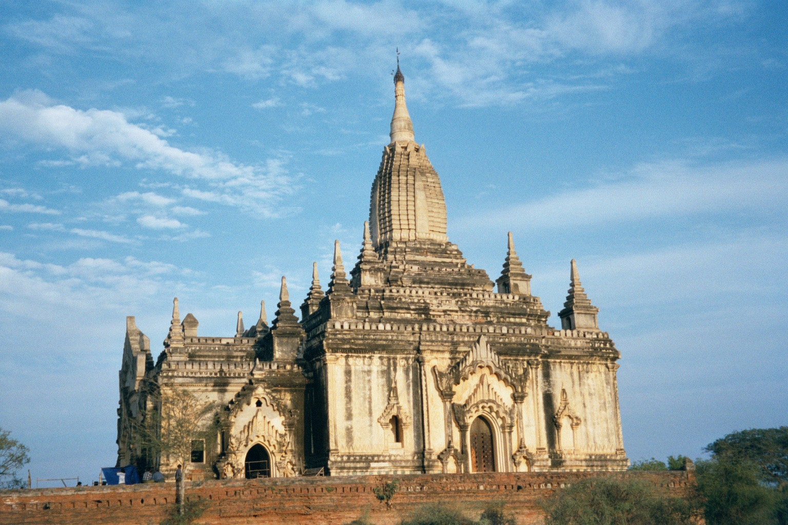 Burma / Myanmar: Pagan 2: More Monuments