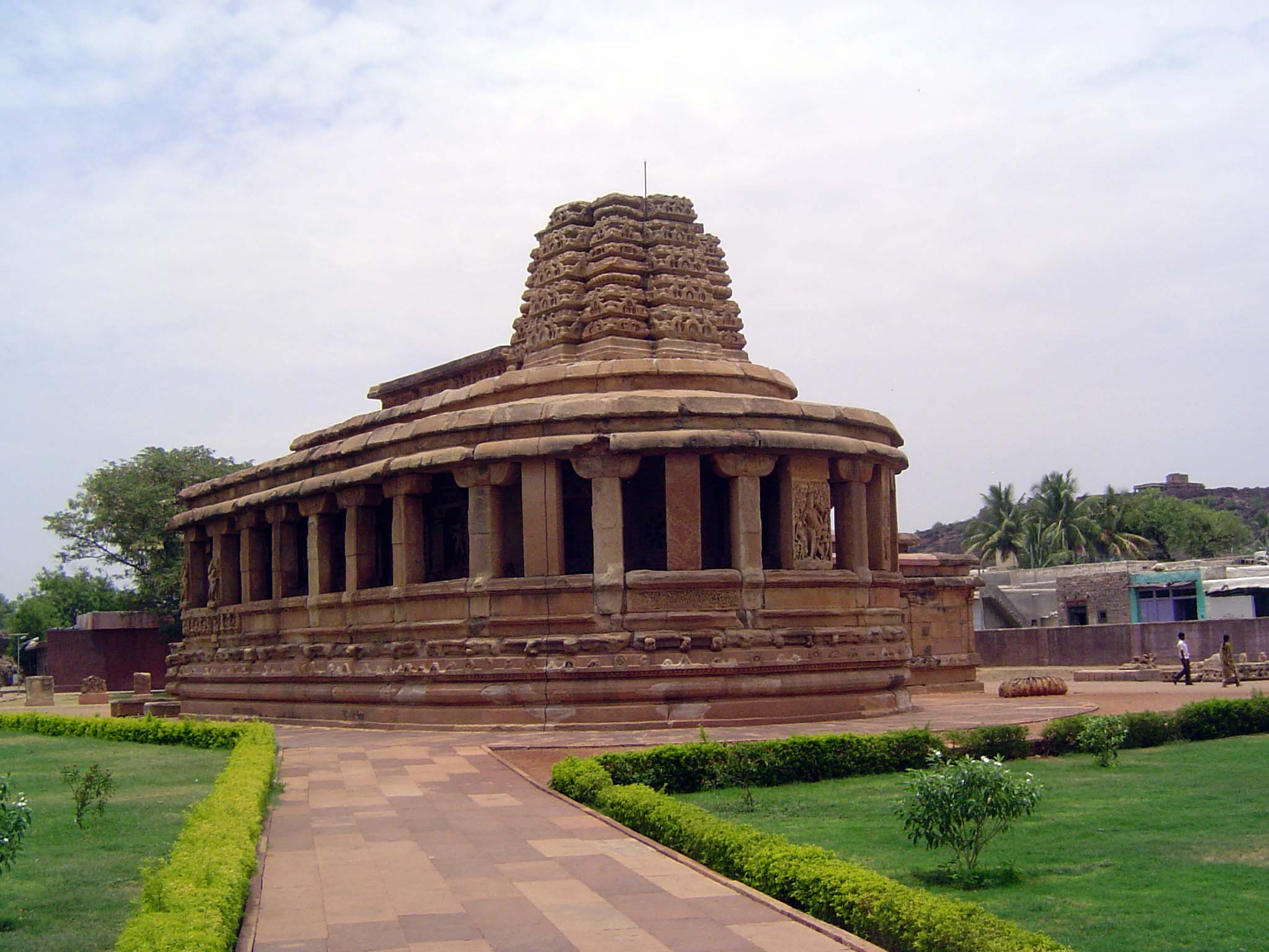 Peninsular India: Chalukya 2: Aihole