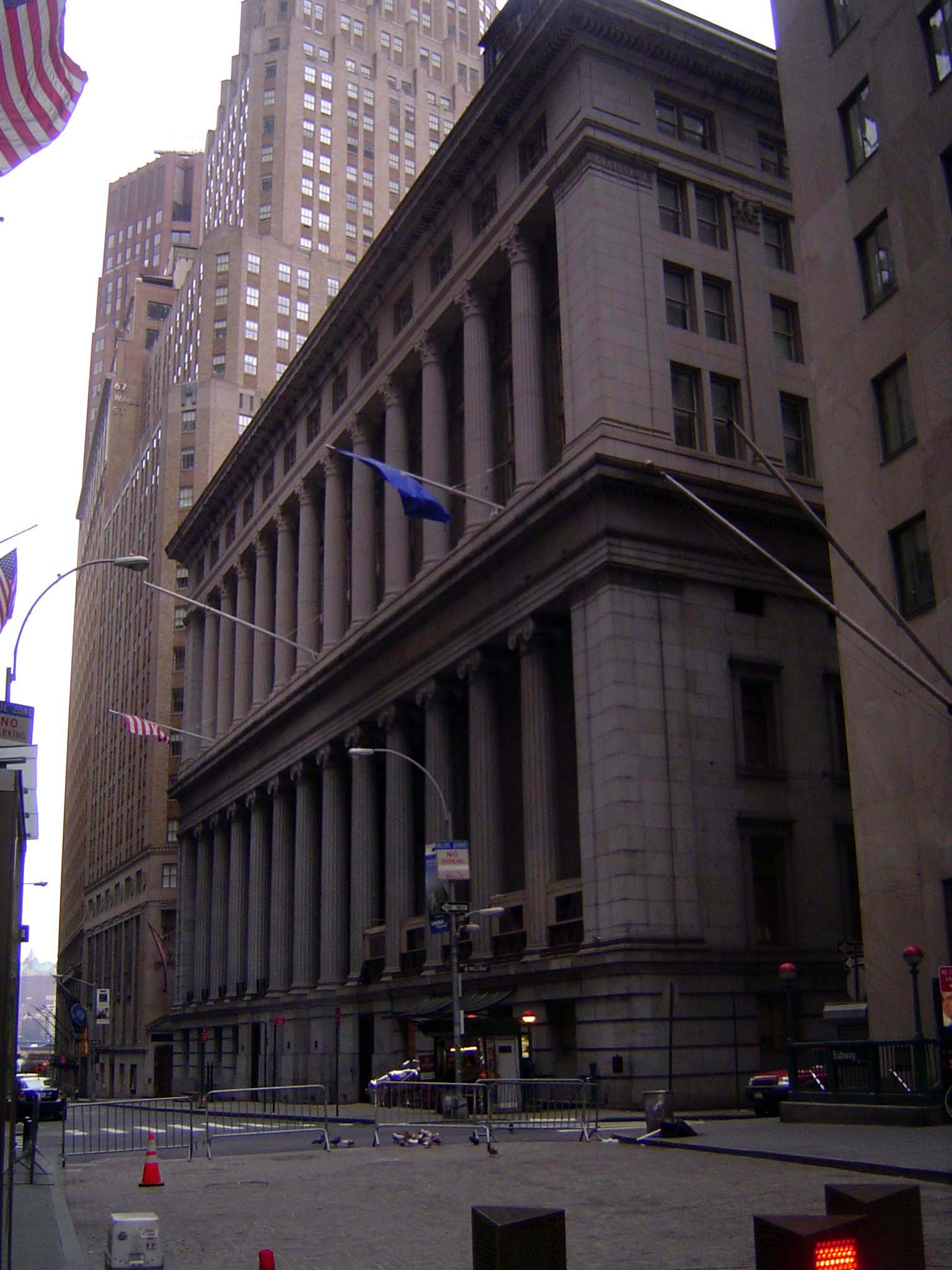 The Eastern United States: Manhattan: Wall Street Goes Residential